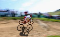 山地自行车女子越野赛巴莱斯特夺冠