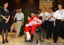 刘翔抵达上海浦东机场