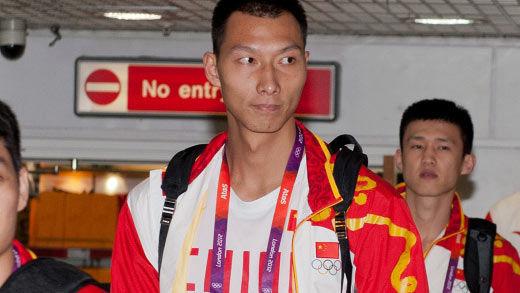 阿联成为男篮史上第六位奥运旗手