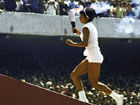 视频-1968奥运开幕式回顾 点燃圣火的首位女性