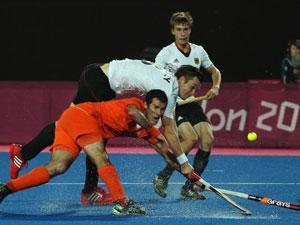 男曲德国队2-1击败荷兰卫冕