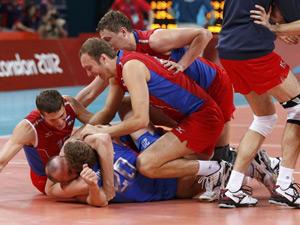 男排决赛 俄罗斯3-2胜巴西夺金