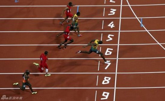 100米博尔特9秒63破奥运纪录卫冕布雷克亚军