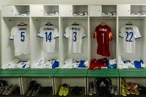 希腊队更衣室一览
