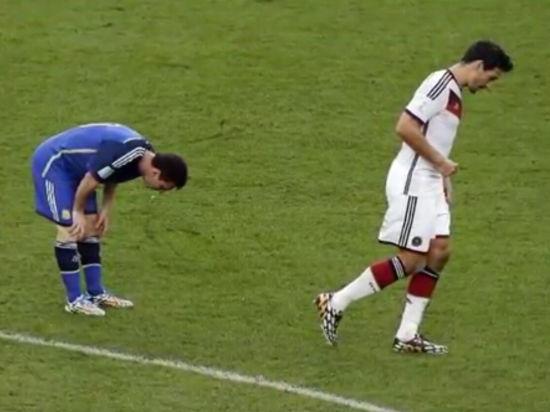 梅西世界杯决赛呕吐