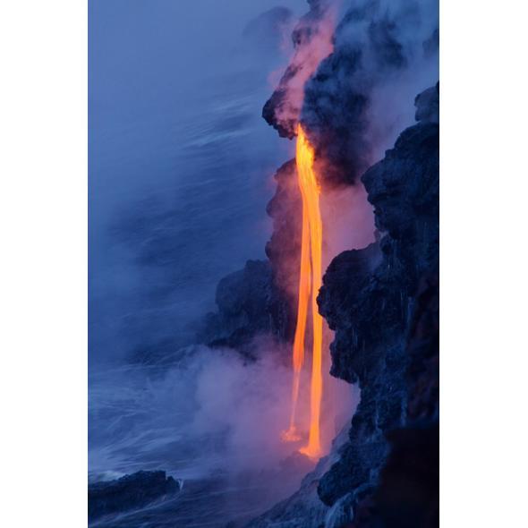 火山爱好者拍下火山喷发壮美照片(组图)