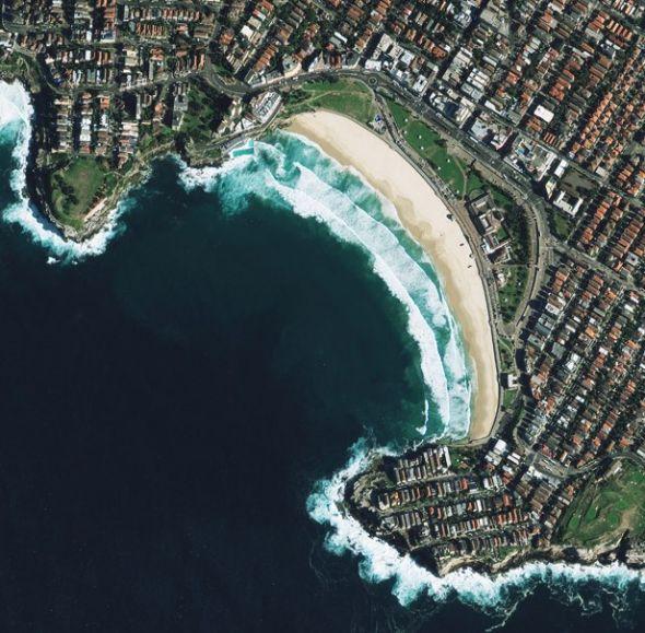 澳大利亚邦迪海滩。