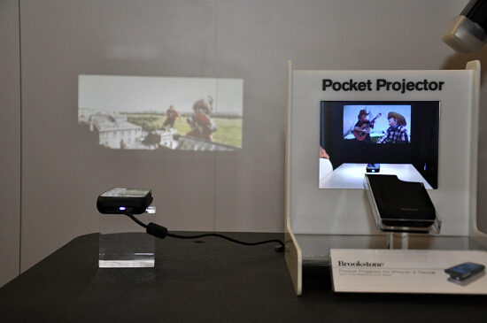 Pocket Projector iPhone投影配件