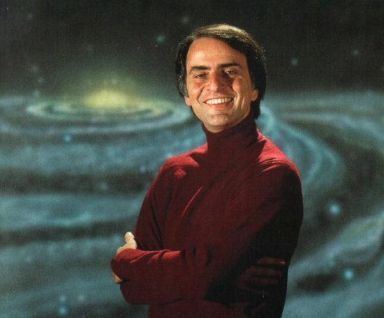 美国天文学家卡尔・萨根