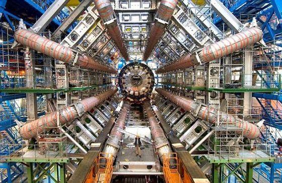 在大型强子对撞机中进行的实验产生了一种全新的物质。
