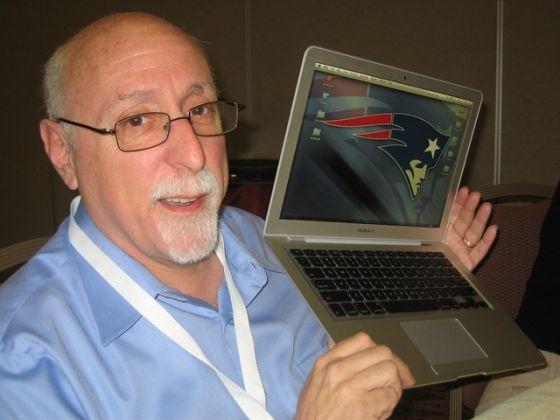 莫博士是美国最具影响力的科技媒体人