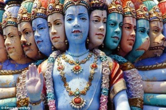拉马努金认为他之所以能够提出这些函数是娜玛卡尔女神给他的启示