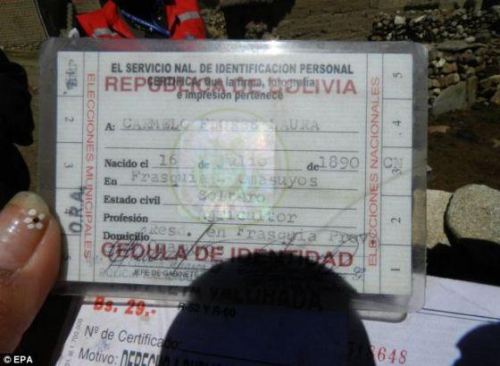 拉巴斯政府的一张照片显示,罗拉的身份证表明他今年已123岁。