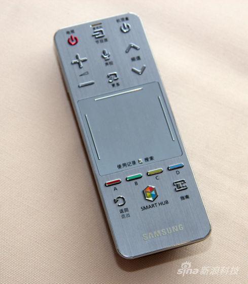 三星S9电视提供的多媒体遥控器-85英寸三星超清4K电视测试 追求影院图片