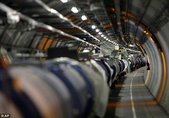 大型强子对撞机维修升级:能量级将增倍