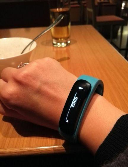 TalkBand智能手环