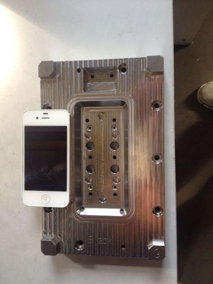 疑似iPhone 6模具曝光