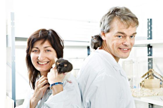 在北极研究神经科学的传奇学者:诺奖获得者莫瑟尔夫妇