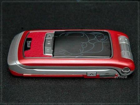 艺术大师毕加索轻巧3G手机真机图赏