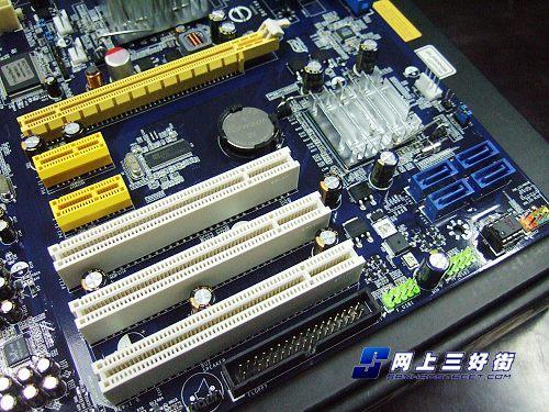 家用最实在五款超值P31芯片组主板推荐(3)