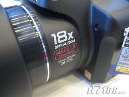 几近全能长焦相机松下FZ18首破3000元