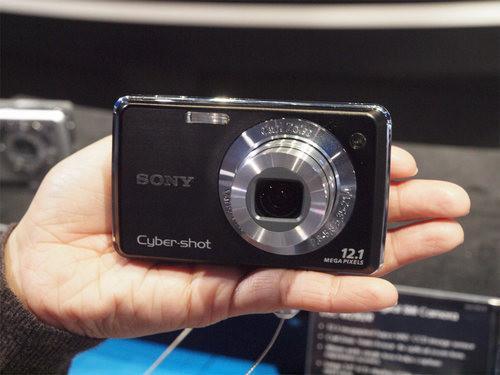 千万像素入门卡片索尼W210单机1430元