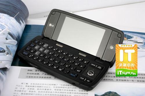 变形味十足LG侧翻盖3G手机KV920评测