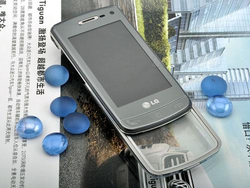 魔幻键盘触控LG透明手机GD900评测