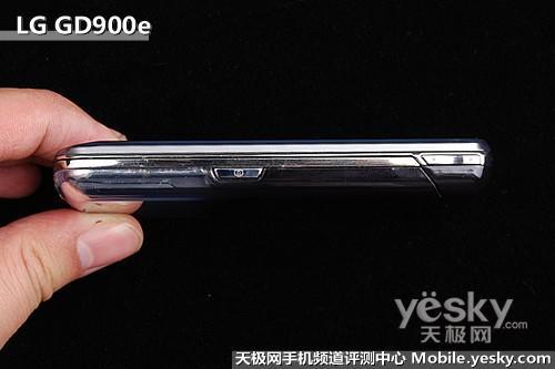 透明键盘设计LG滑盖拍照王GD900e评测(2)