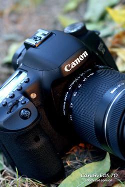 全画幅单反相机佳能7D单机降至9750元