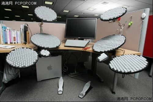 电脑桌安装键盘步骤图解