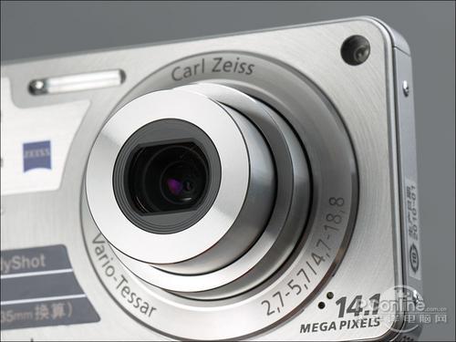 采用4倍光学变焦索尼W350最新价1530元