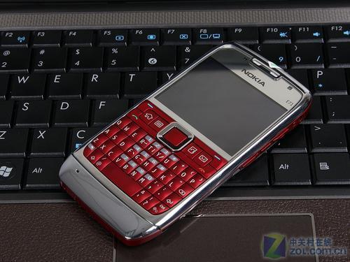 外形更靓丽红色版诺基亚E71仅1699元
