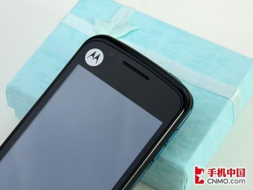 3.2英寸触摸屏摩托智能手机XT502评测(2)