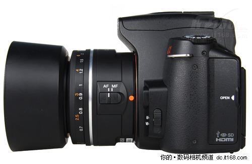 otor,平滑自动对焦马达)对焦系统.该镜头采用4组5枚镜片结构,最
