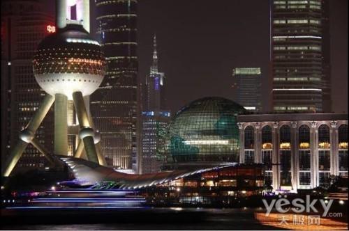 繁华中流光溢彩 佳能EOS 60D下的魅惑夜上海