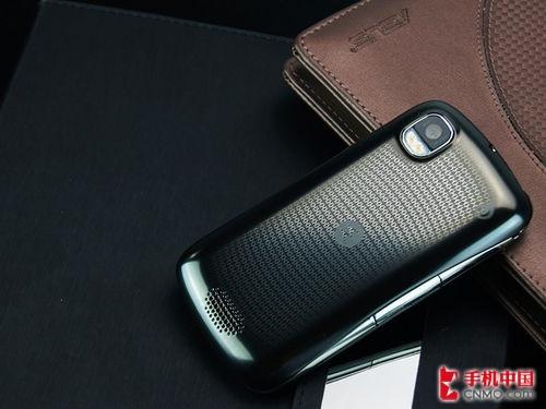 摩托罗拉XT882特价 最强Android3G手机