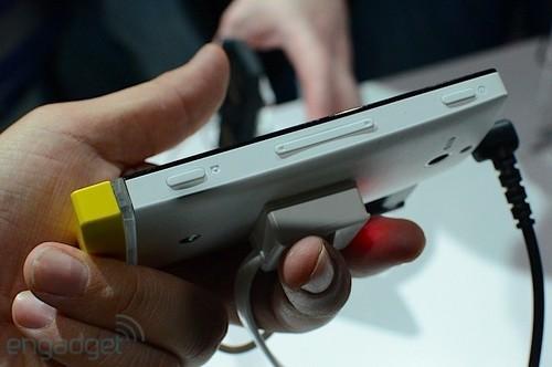 多彩时尚双核智能索尼XperiaU真机图赏