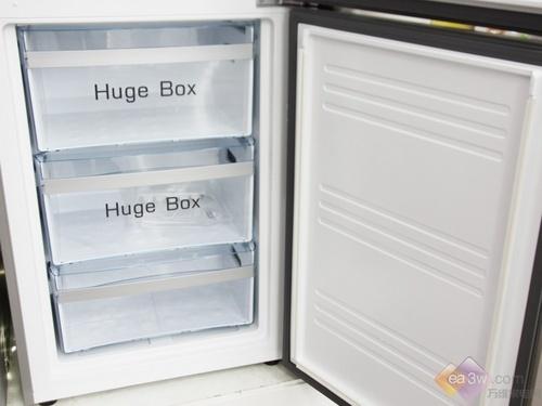 震撼登场 海尔全新两门冰箱登陆国美