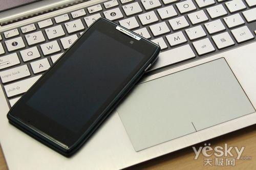 不逊苹果iPhone 5 市售超薄Android手机推荐