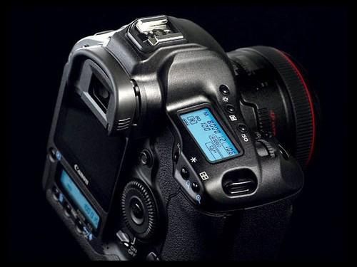 佳能全画幅神器 1Ds Mark III售53955元