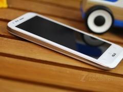 超級組合變形白色華碩PadFone2新上市