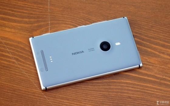 拍照再增强机身更轻薄Lumia925评测