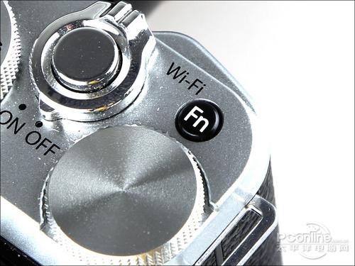 X-M1内置Wi-Fi传输功能-高性能复古味 小型单电相机富士X M1评测图片