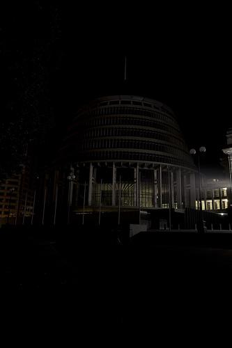 科技时代_图文:新西兰惠灵顿蜂巢熄灯前后