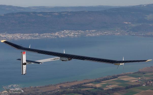 视频:太阳能飞机Solar Impulse1飞行探险