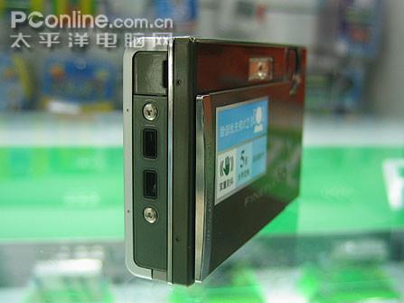 富士卡片最强音防抖Z100售价逼近2000