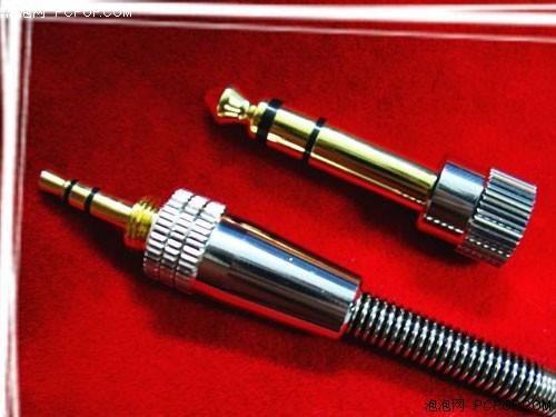 usb 接线和耳机接线怎么接在一起