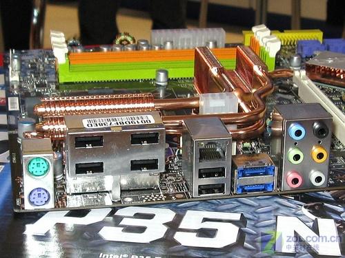 送微软鼠标微星经典热管P35主板990元
