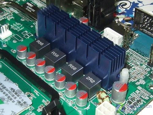 全固态带热管AMD790X主板甩货699元